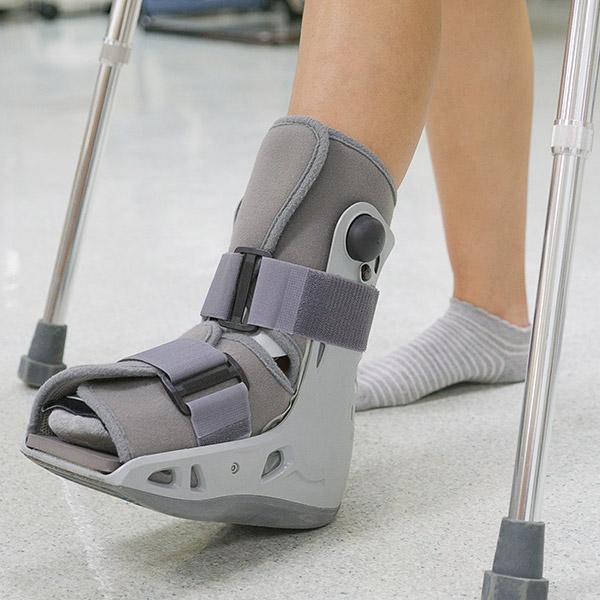 ortopedia-staw-skokowy-01